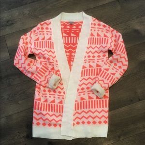 pink and white geometric print cardigan
